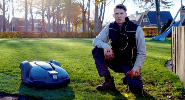 Graszoden de eerste keer maaien met een robotmaaier